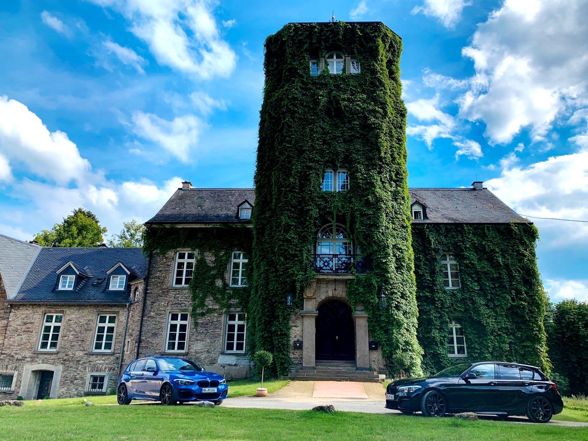 Schloss-B.jpg
